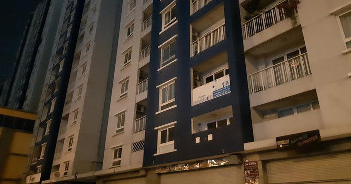 Bắt đầu sửa chữa chung cư bị cháy Carina