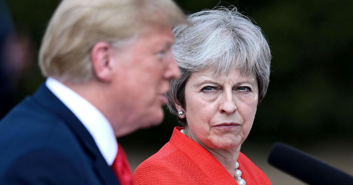 Điều gì đằng sau những đòn gió giật gân của ông Trump ở Anh?