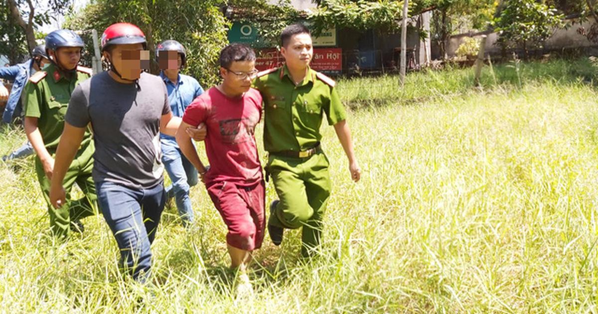Nghi phạm đâm 2 người trọng thương bị bắt khi trốn trong nhà hoang