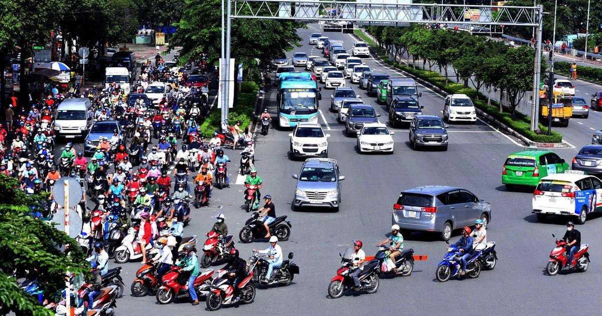 Sửa đường Nguyễn Hữu Cảnh: khó tránh cảnh kẹt xe trầm trọng