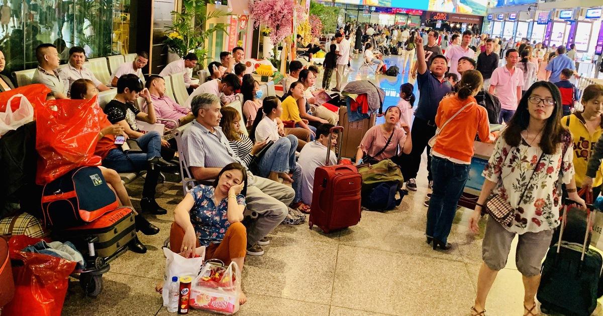 Tháng 5, hãng hàng không nào bị hủy chuyến nhiều nhất?