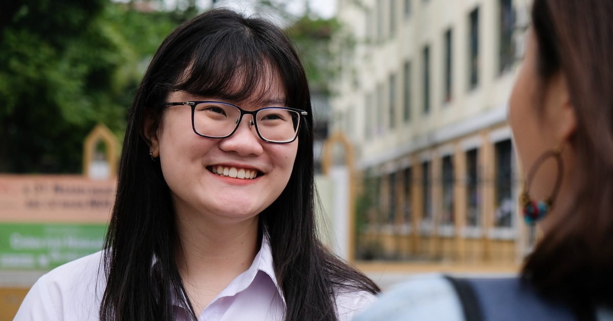 Giấc mơ nghiên cứu liệu trình điều trị ung thư của ''cô gái vàng'' 19 tuổi