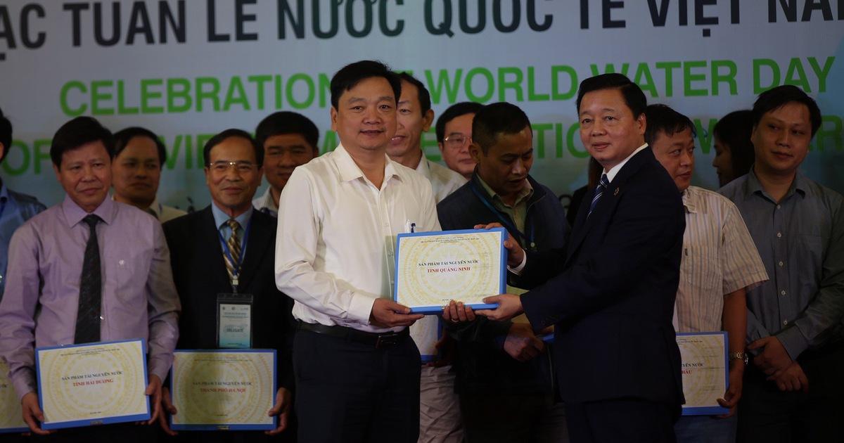 Việt Nam đang suy giảm nguồn nước do khai thác quá mức