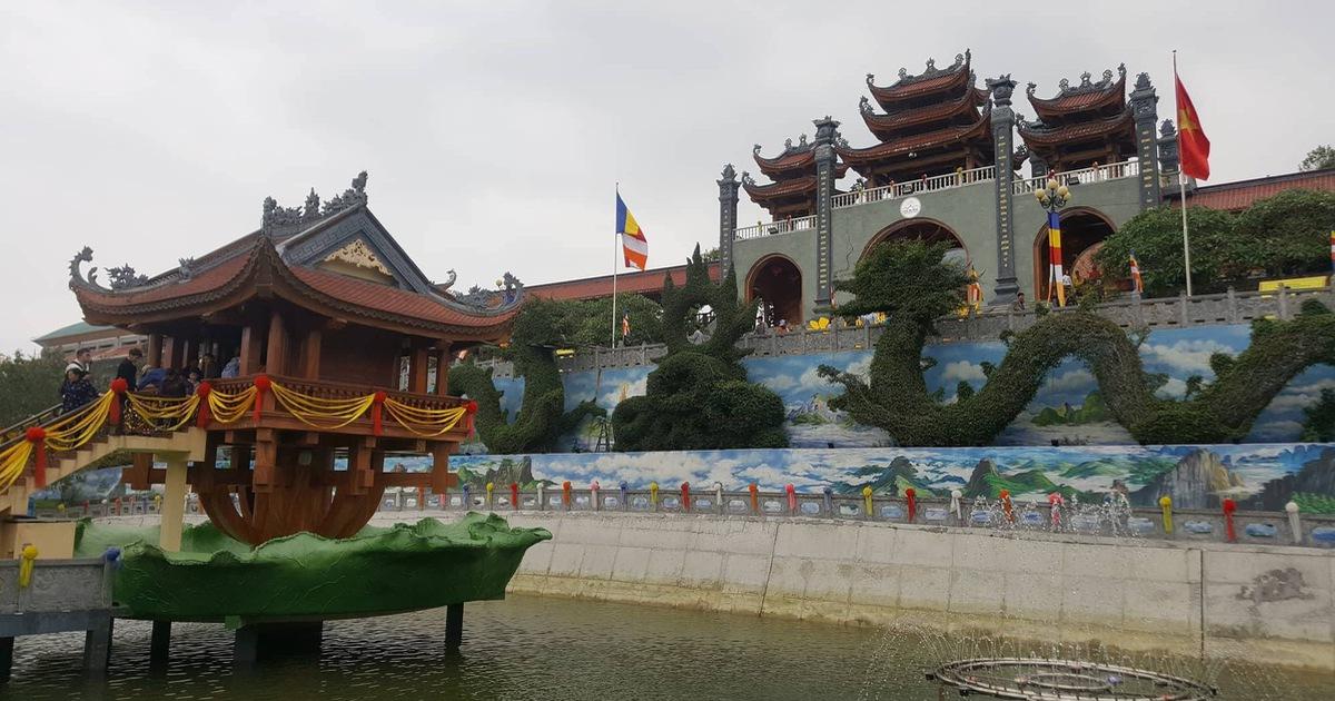 Uông Bí họp báo về vụ chùa Ba Vàng