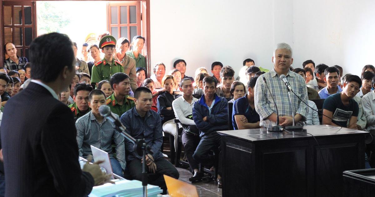 Cảnh cáo chánh tòa hình sự TAND tỉnh Đắk Nông