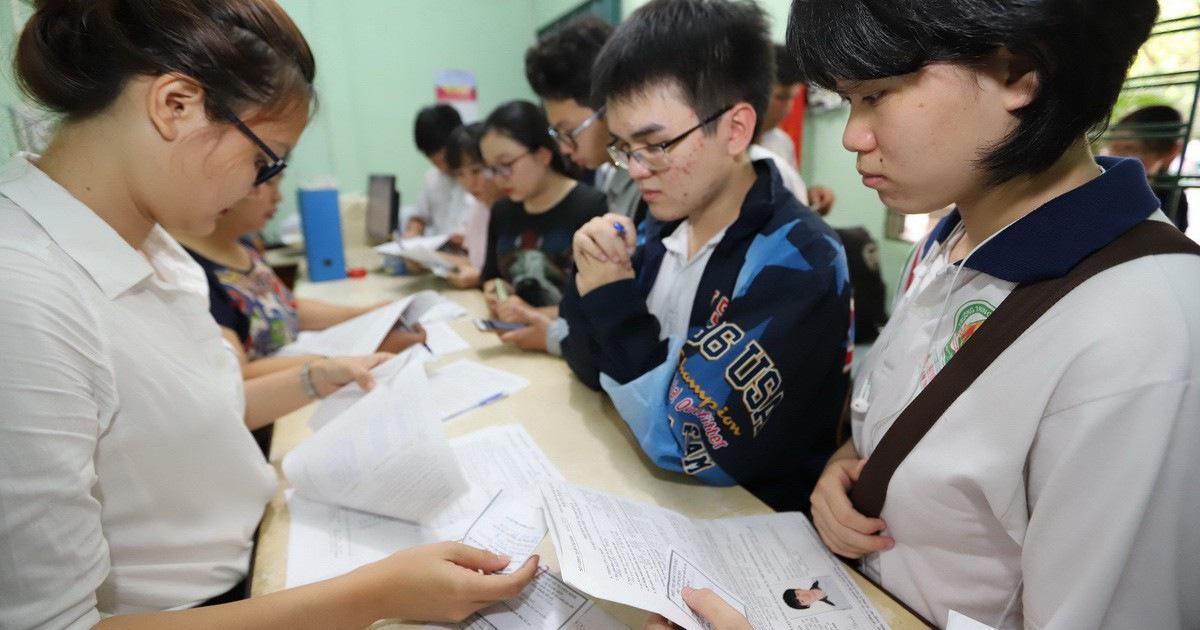 Thi mà 95-97% học sinh đậu tốt nghiệp thì có cần thi THPT quốc gia?