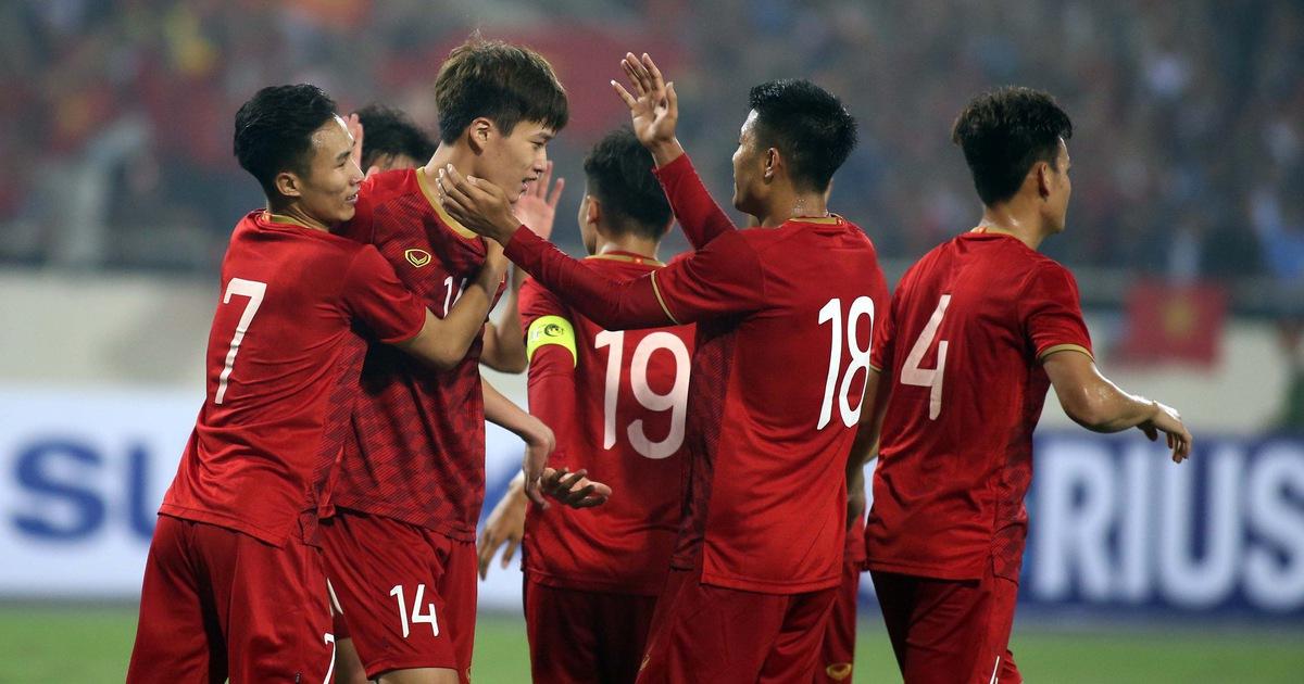 Người Thái vừa mừng vừa 'run' khi gặp Việt Nam ở King's Cup 2019