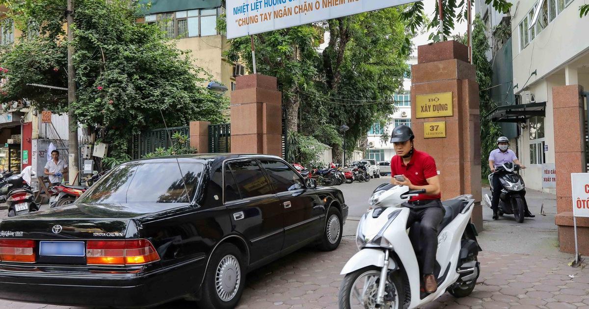 5 cán bộ Thanh tra Bộ Xây dựng đòi doanh nghiệp 'chung chi' hàng tỉ đồng?