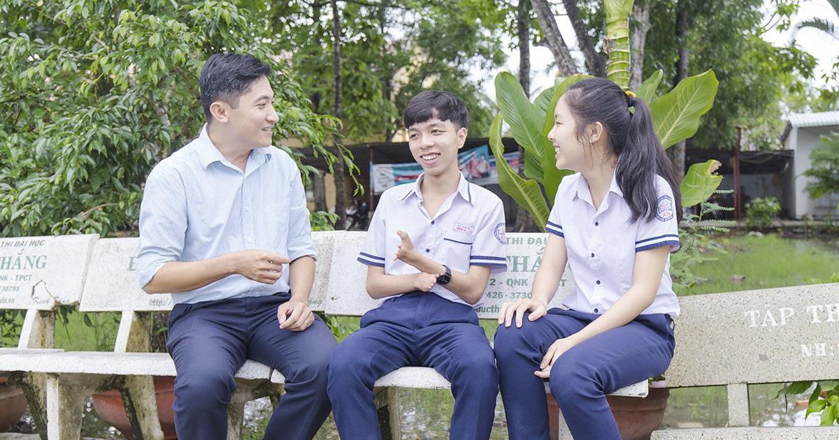 Hai ngón tay kỳ diệu của Trần Trí Thức, 17 tuổi