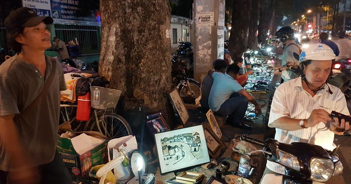Săn ''đồ độc'' vỉa hè - Kỳ 1: Chợ lạc xoong lúc 5h sáng