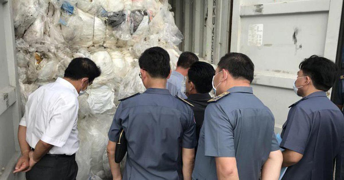 Trả lại 83 container rác, Campuchia sẽ 'trừng phạt những người nhập'