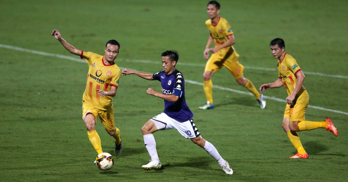Văn Quyết không phù hợp với lối chơi của HLV Park Hang Seo