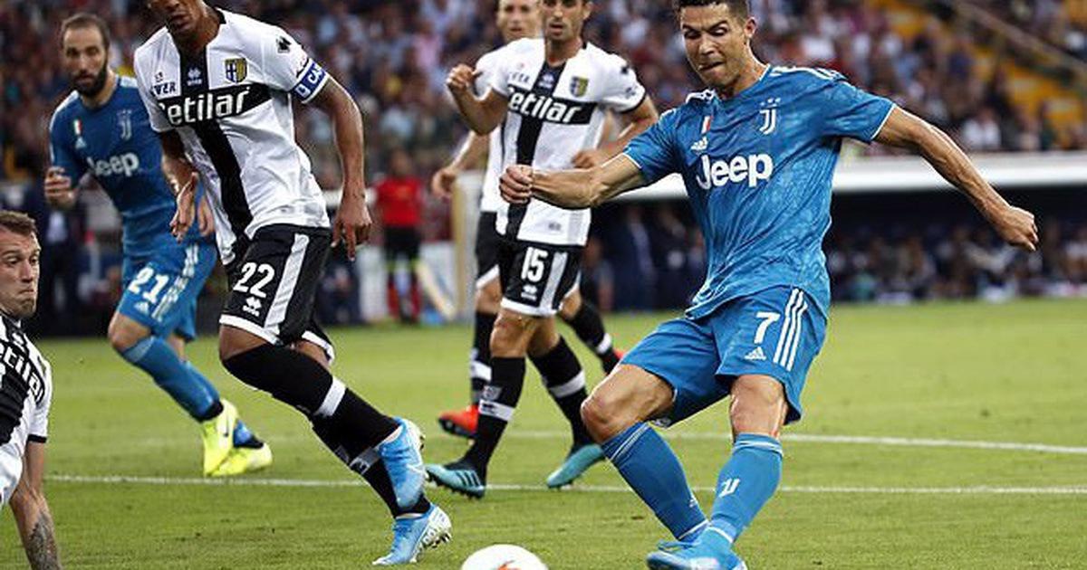 Juventus thắng tối thiểu trong ngày Ronaldo bị từ chối bàn thắng bởi VAR