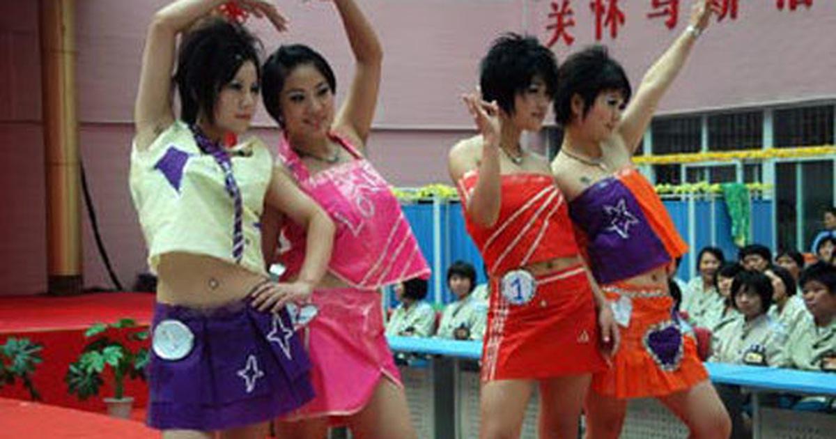Nữ tù nhân trình diễn thời trang