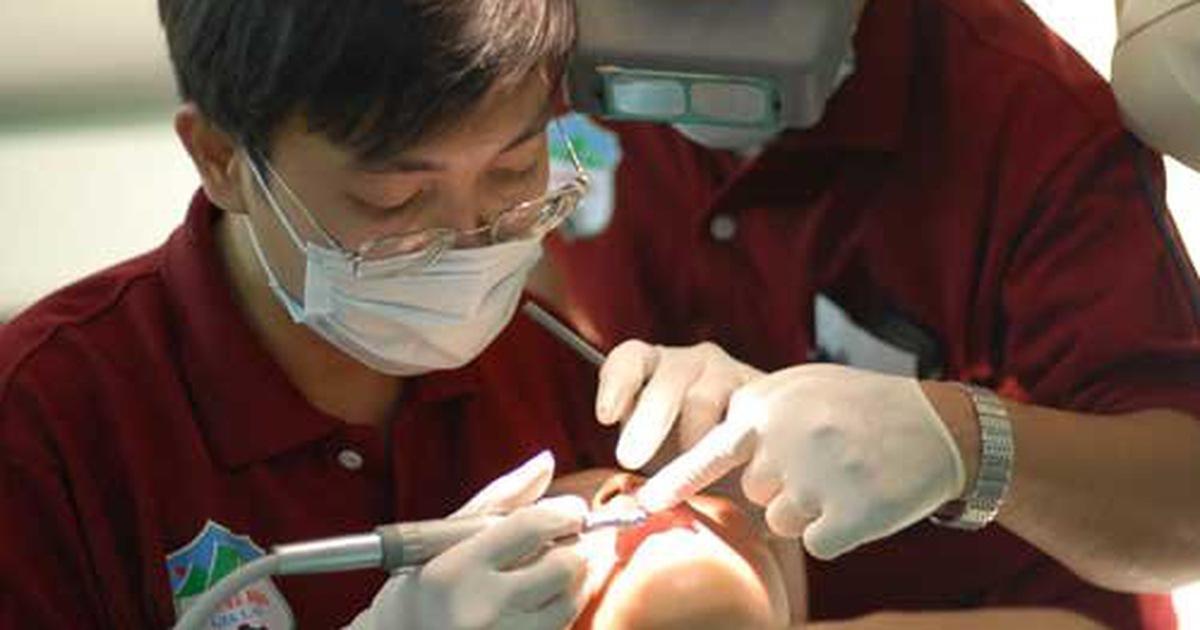 Bác sĩ tình nguyện Việt trên đất Campuchia