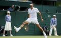 Federer trình diễn kỹ năng 'đánh bóng luồn qua chân' khi đang cách ly ở nhà