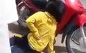 CSGT để súng 'cướp cò', một cô gái bị thương