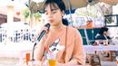 Clip cô gái Hà Nội nổi như cồn vì hát quá hay ở quán trà