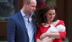 Video hoàng tử William và vợ 'khoe' hoàng tử thứ 3