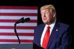 Video: Tổng thống Donald Trump bác bỏ thông tin trốn thuế 10 năm
