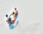 Hàng lậu tràn đồng mùa nước nổi
