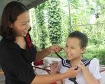 Vượt qua nỗi đau ung thư: Nghị lực sống của mẹ con cô giáo