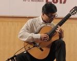 Cầm thủ guitar người Nhật và Âm điệu châu Âu