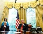 Mỹ bực Trung Quốc, rút khỏi Công ước bưu chính quốc tế