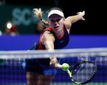 WTA Finals 2018: ĐKVĐ Wozniacki thua sốc Pliskova ở trận ra quân