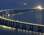 """Cầu vượt biển của Trung Quốc và những con số """"khủng"""""""