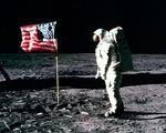 Chuyện giờ mới kể về cuộc chinh phục Mặt trăng của Mỹ
