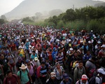 Đoàn di dân hàng ngàn người rùng rùng tiến đến Mỹ