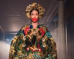 Nét đẹp hát bội qua bộ sưu tập Hành trình về phương Đông