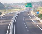 Nhiều cầu ở cao tốc Đà Nẵng-Quảng Ngãi bị sụt lún