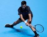 Thắng dễ Zverev, Djokovic vào bán kết ATP Finals 2018