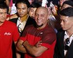 Roberto Carlos giao lưu với người hâm mộ Hà Nội