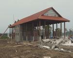 Dỡ khu vui chơi xây dựng trên hành lang bảo vệ đê sông Lam