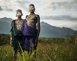 10 bộ lạc sống tách biệt và bí ẩn nhất thế giới hiện đại