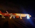 Phó thủ tướng yêu cầu làm rõ việc máy bay Vietjet hạ cánh mất bánh trước