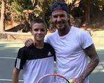 """""""Quý tử"""" Romeo được đầu tư thành """"Beckham quần vợt"""""""