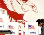 Nước Mỹ hồi hộp chờ kết quả bầu cử giữa kỳ