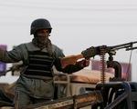 Mỹ mới tuyên bố rút quân, khu cơ quan chính phủ Afghanistan bị tấn công