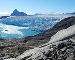 Băng trên đảo Greenland tan giữa mùa đông