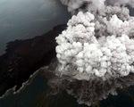 Indonesia áp đặt vùng cấm bay quanh núi lửa Krakatau