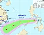 Áp thấp nhiệt đới đang áp sát Biển Đông, miền trung lũ lên