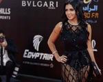 Nữ diễn viên Ai Cập ra tòa vì... mặc váy xuyên thấu để lộ chân