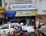 Nghi can khống chế 5 người, cướp 1 tỉ đồng của Ngân hàng Việt Á