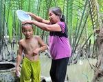 """""""Sẻ chia nước sạch 2018"""": Về nơi vo gạo bằng nước rạch"""