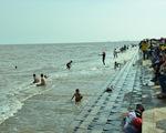 Cứu sống sáu trẻ bị đuối nước tại biển Trà Vinh