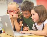 Ngăn trẻ học cái xấu trên YouTube: Cần giáo dục về kỹ năng an toàn số